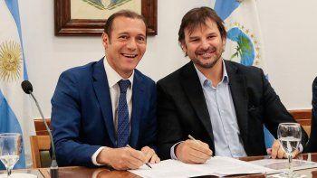 La provincia firmó acuerdo por concesión de dos áreas