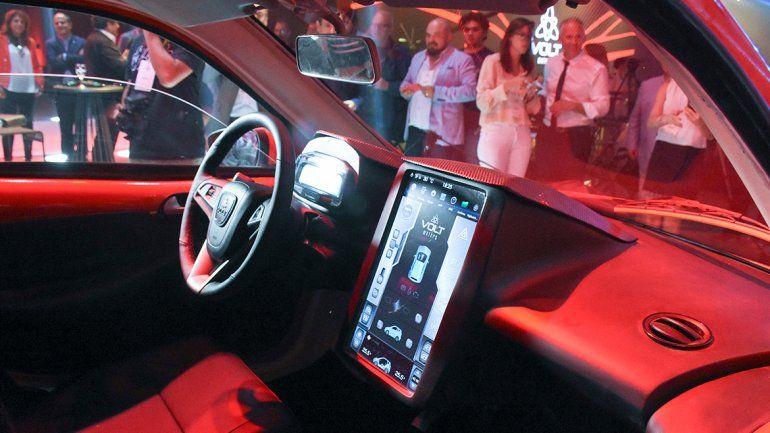 Revista: Presentan el primer auto eléctrico fabricado en Argentina