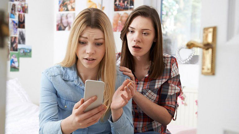 Psicólogos advierten que el uso del celular aumenta la ansiedad