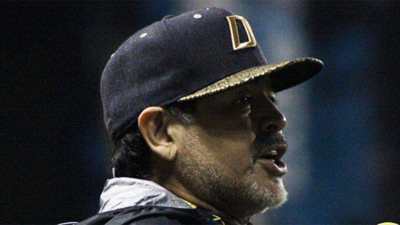 Maradona apuntó contra el Gobierno por el bochorno en la Superfinal