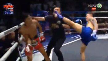 Luchador de Muay Thai noqueó al rival y al árbitro al mismo tiempo
