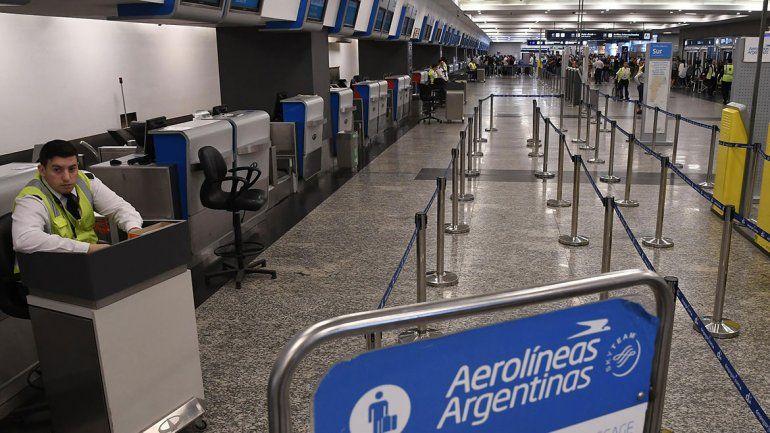 No hubo propuesta salarial y será un finde sin vuelos de Aerolíneas