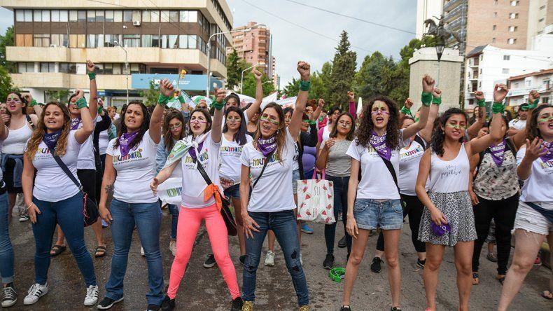 Neuquén se movilizó contra la violencia a las mujeres