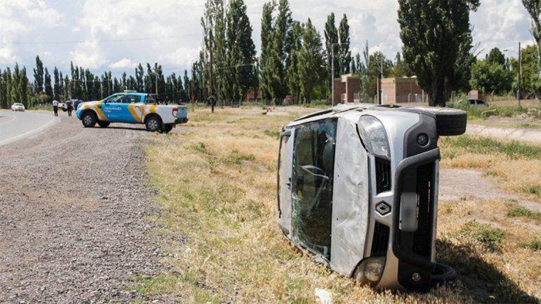 Un violento accidente sobre la Ruta 151 paralizó el tránsito durante una hora