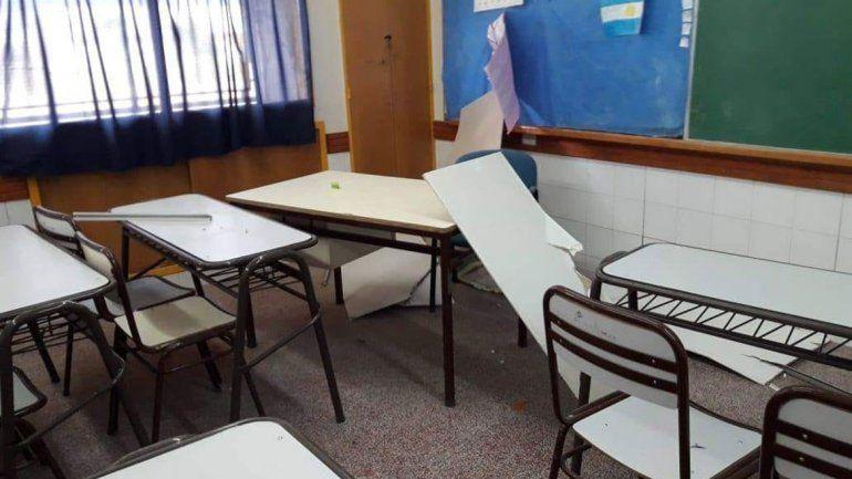 Clausuran escuela en Zapala por la caída del cielorraso