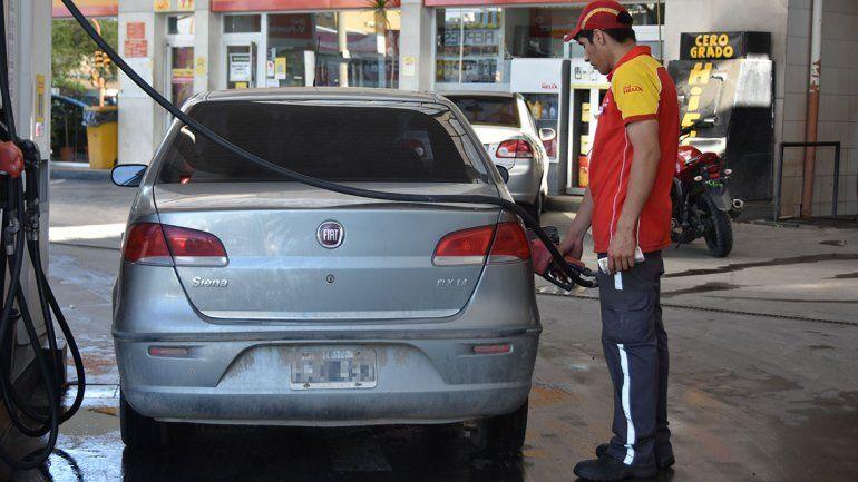 La suba del crudo se sentirá en el precio de la nafta