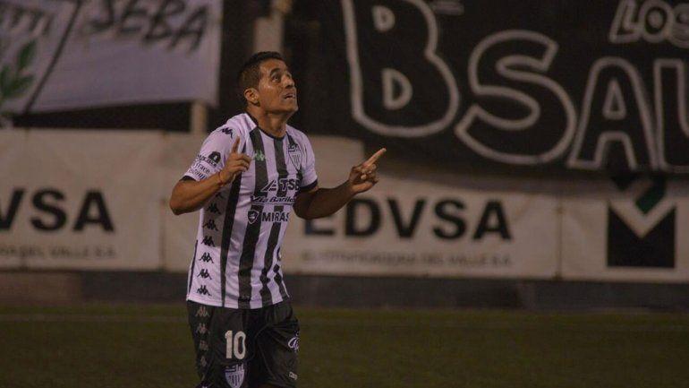 El Albinegro se aleja del descenso a fuerza de goles