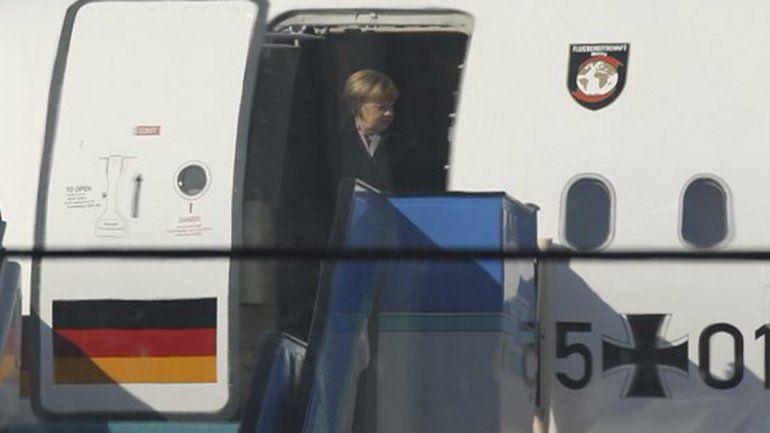 El avión de Merkel debió regresar por una falla técnica