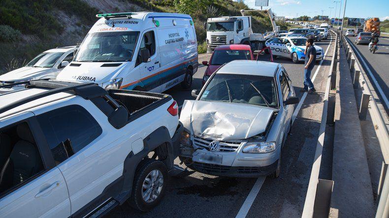 Un choque en cadena entre tres autos generó caos en la Ruta 7