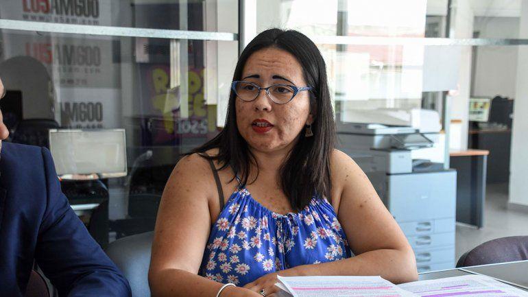 Alumnos apoyan a la docente de Historia censurada