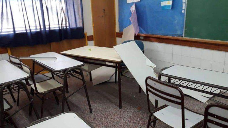El lunes reabre la escuela a la que se le cayó el cielorraso en Zapala