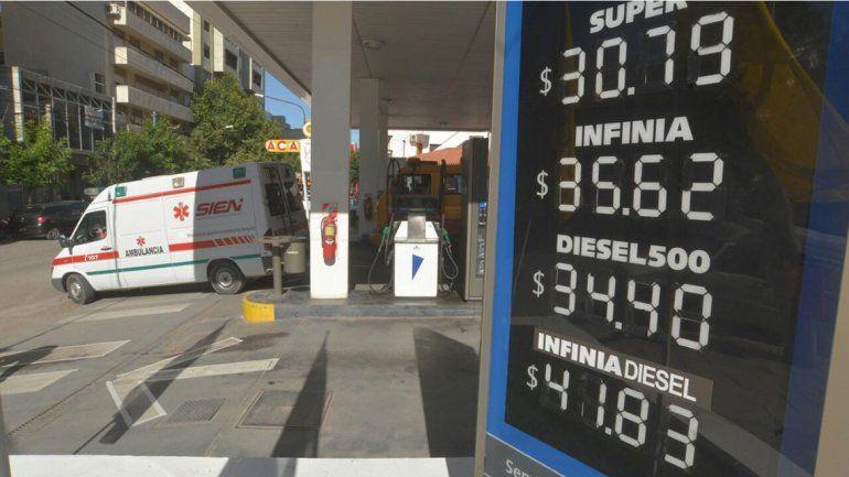 YPF baja las naftas pero sube el gasoil