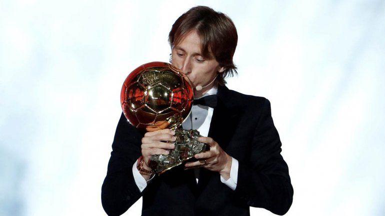 El croata Modric termina con el reinado de Lio y Cristiano: ganó el Balón de Oro