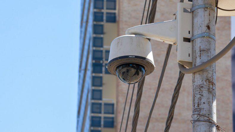 La Muni ve bien la instalación de las cámaras chinas