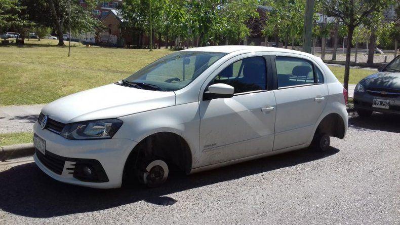 Inseguridad: volvieron los robarruedas y atacaron dos autos en cinco cuadras