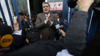 uruguay no le da asilo politico a alan garcia