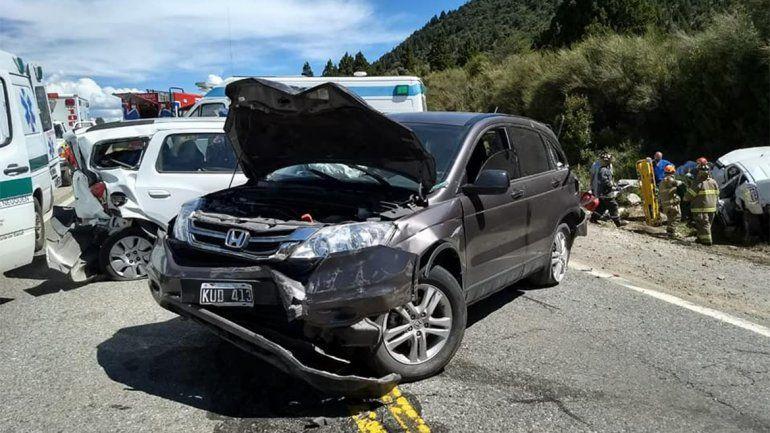Un camionero no frenó a tiempo y produjo un choque en cadena en la Ruta 40