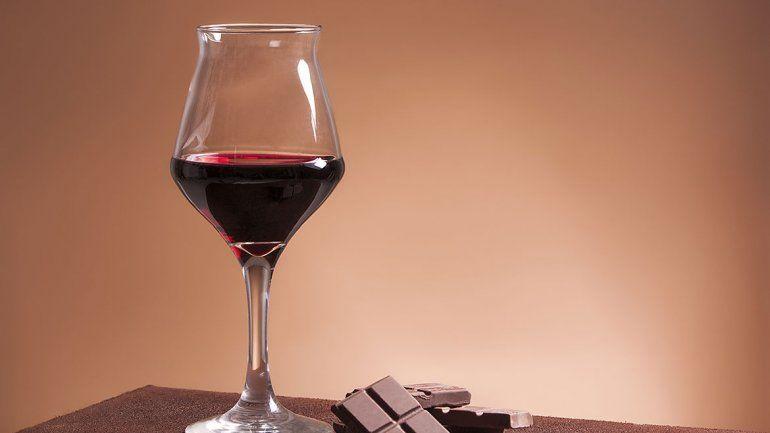 El chocolate y el vino tinto ayudan a vivir más años
