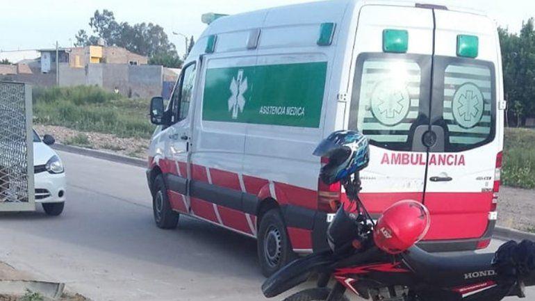 Policía chocó a un motociclista, se dio a la fuga y los vecinos de la zona lo persiguieron