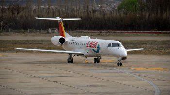 la justicia embargo a aeropuertos neuquen, demandada por lasa