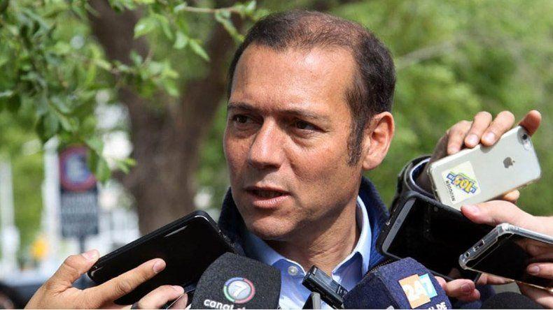 Gutiérrez adelantó para el 10 de marzo las elecciones