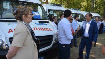 entregaron 8 ambulancias para hospitales del interior y la capital