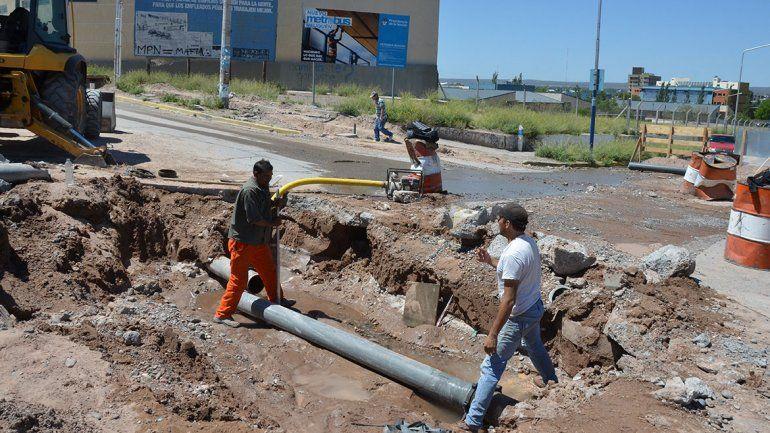 El EPAS, duro con la Muni por las roturas provocadas por las obras el Metrobús