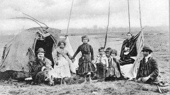 gitanos: nomades en tierra neuquina