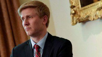 renuncio el candidato de trump para ser jefe de gabinete