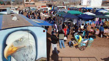 barrio union de mayo: le fracturo el torax a cadenazos en la feria del trueque