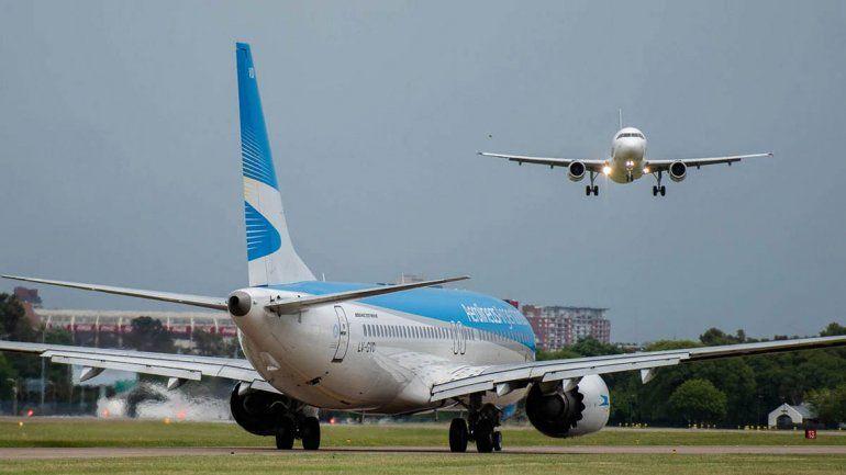 Aerolíneas Argentinas canceló 330 vuelos por el paro nacional