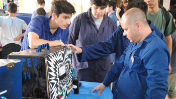 capacitan a mas de 800 docentes de escuelas tecnicas