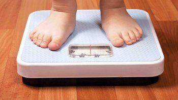 en el pais, el 37% de los chicos de 10 a 19 anos tiene sobrepeso