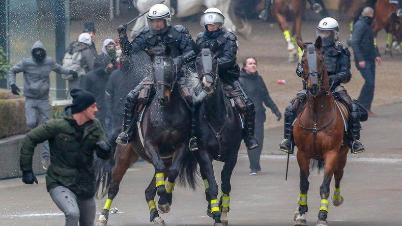 Bruselas: una protesta deja casi 100 detenidos