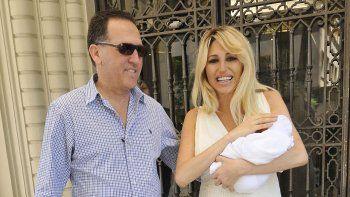 vicky xipolitakis: estoy con un bebe y tengo un demente, quiero que se lo lleven