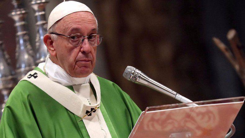 El Papa pidió imitar a los Reyes Magos