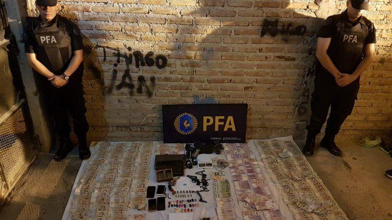 Desbarataron una banda narco en San Lorenzo: secuestraron más de 1200 dosis de droga