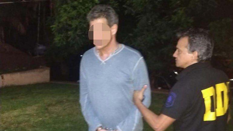 Oftalmólogo fue detenido por abusar de sus hijos