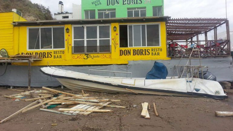 Las Grutas: una marea de 9 metros causó destrozos en la Tercera Bajada