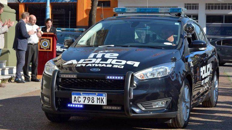 Filmaron a dos policías mientras tenían sexo en un patrullero