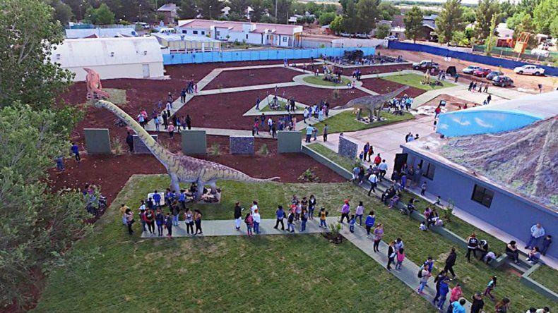 600 personas ya visitaron el parque de dinos en Rincón