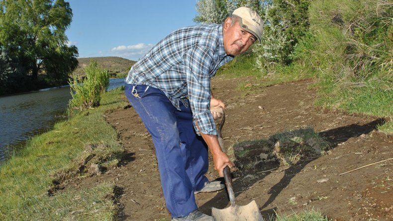 Juan Félix Videla, el buscavidas que ahora viste los jardines de Mariano Moreno