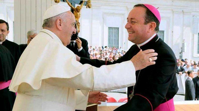 Acusaron al ex obispo de Orán de abusos sexuales