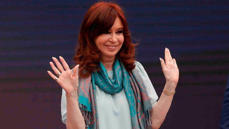 Macri y Cristina, cabeza a cabeza en las encuestas