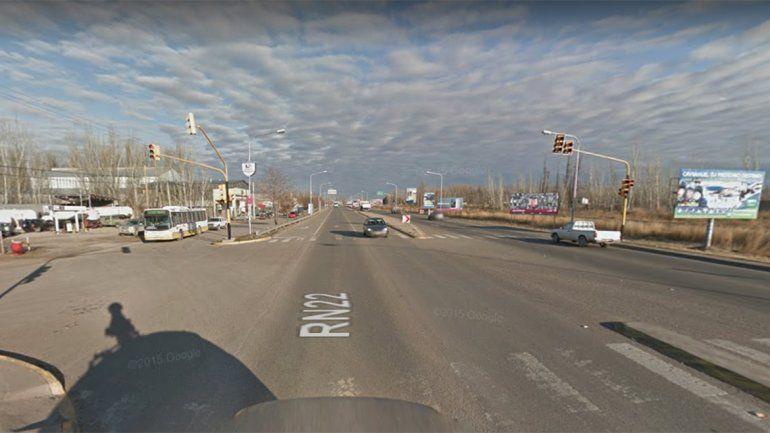 Cuatro autos protagonizaron un choque en cadena sobre la Ruta 22: un herido