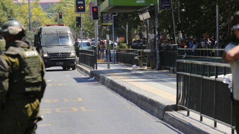 Una explosión en una parada de colectivos dejó cinco heridos en Santiago de Chile
