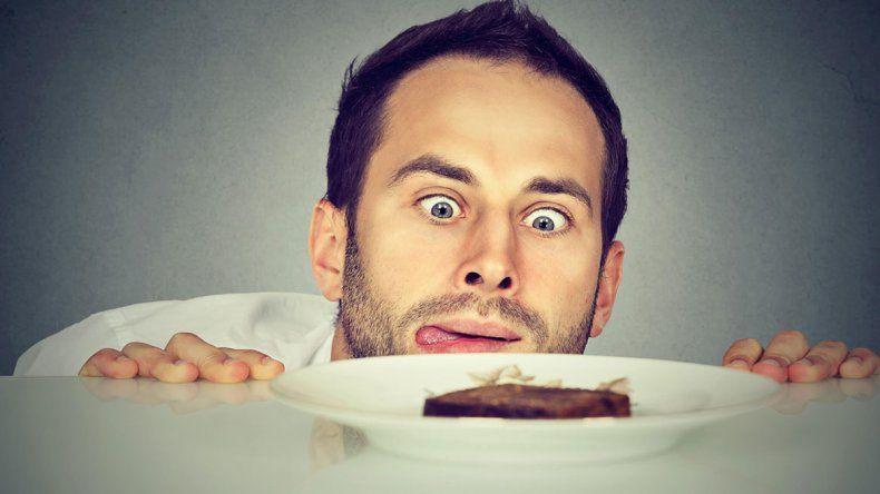 Descubrieron que comer produce un doble placer
