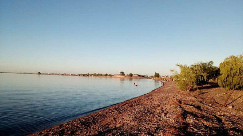 Cómo pasar una tarde gasolera en el lago Mari Menuco