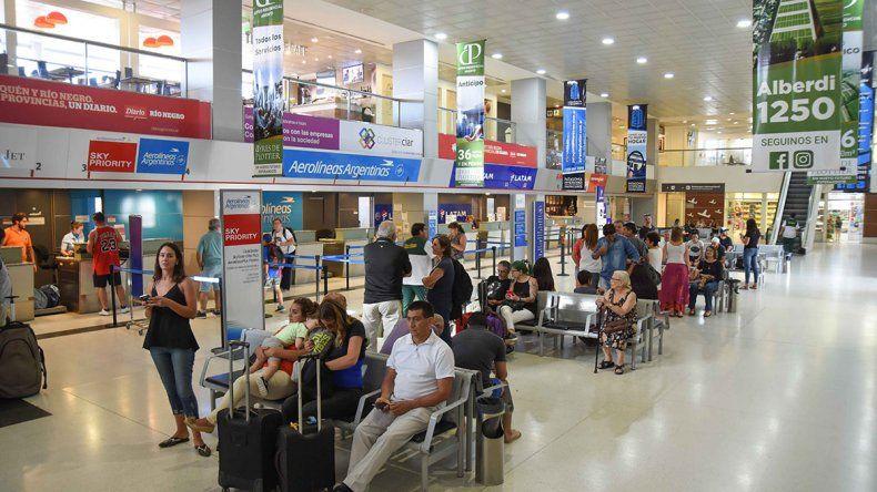 Más de un millón de pasajeros por el aeropuerto local