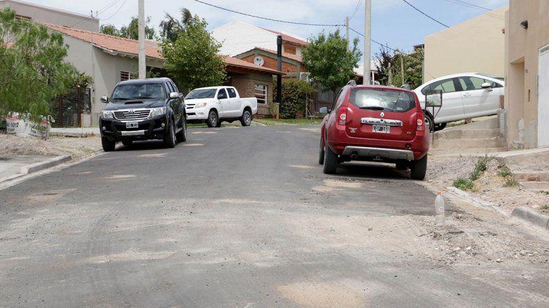 Duró poco el asfalto en Unipol por una pérdida de agua